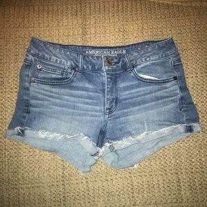 American Eagle Sz 8 Jean Shorts